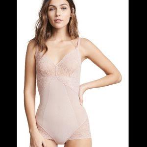 Spanx Spotlight on Lace Bodysuit  Vintage blush